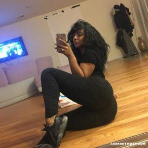 Ayisha Diaz selfie