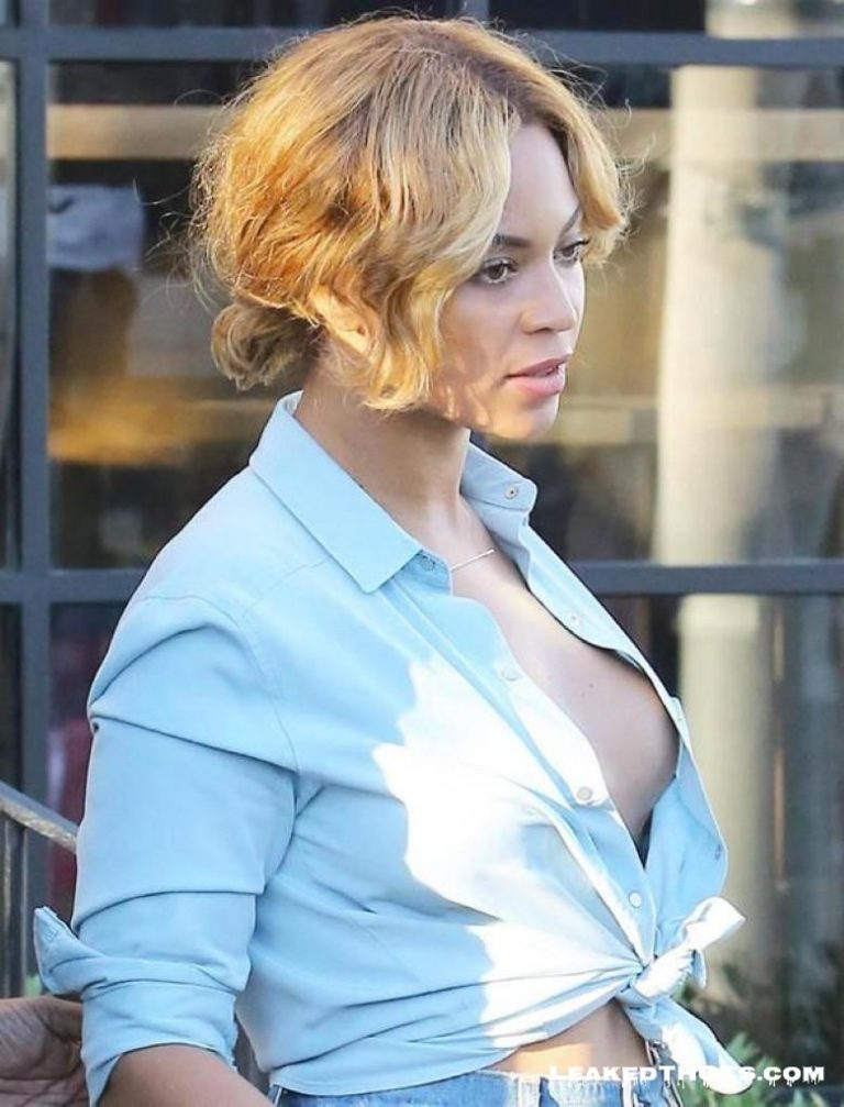 Beyonce big boobs nipslip