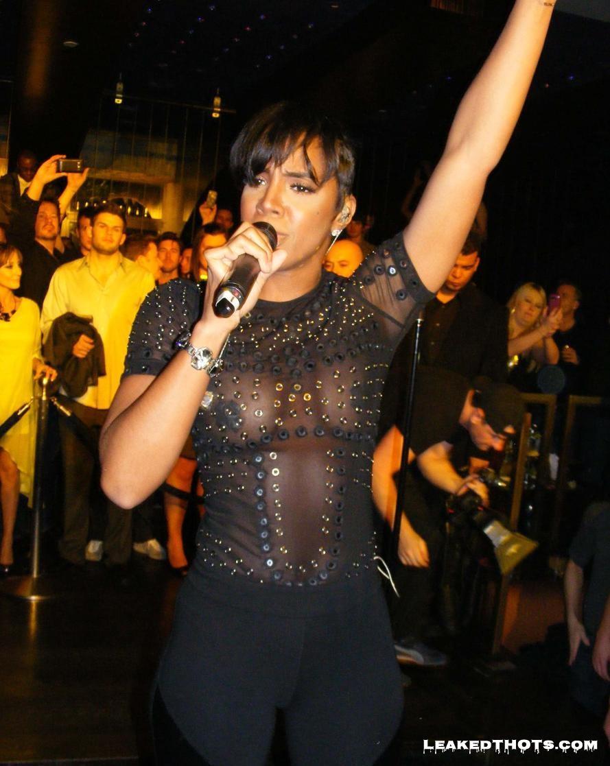 Kelly Rowland | LeakedThots 14