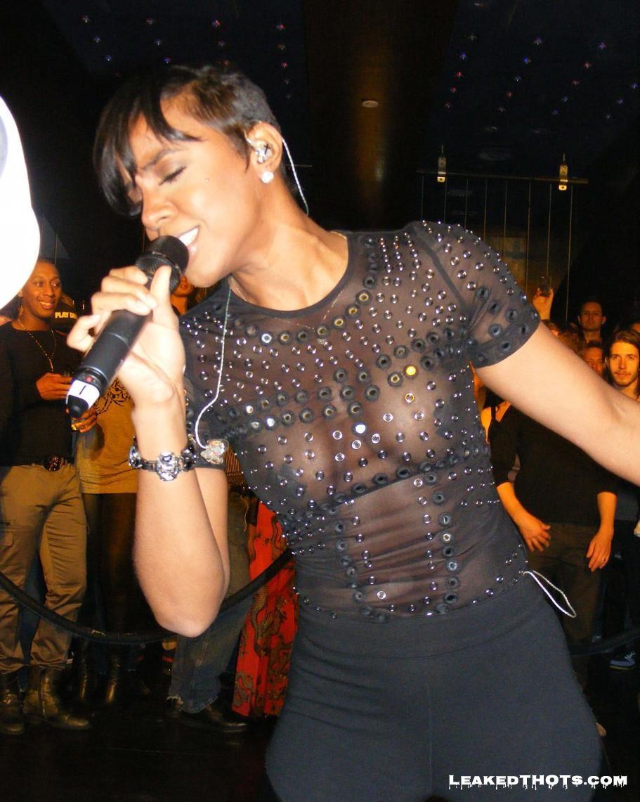 Kelly Rowland | LeakedThots 16