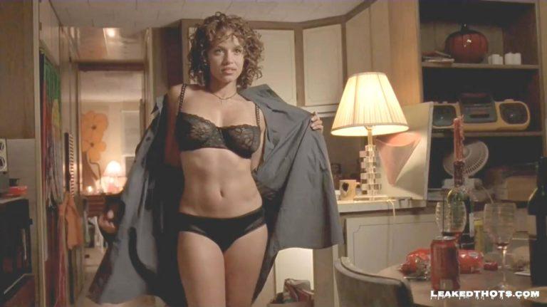 Leila Arcieri undressing lingerie