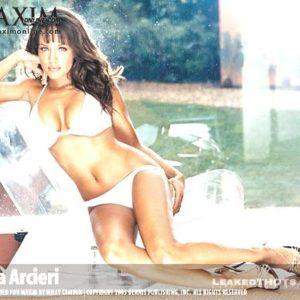 Leila Arcieri sexy Maxim pic