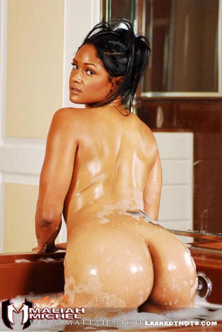 Maliah Michel modeling