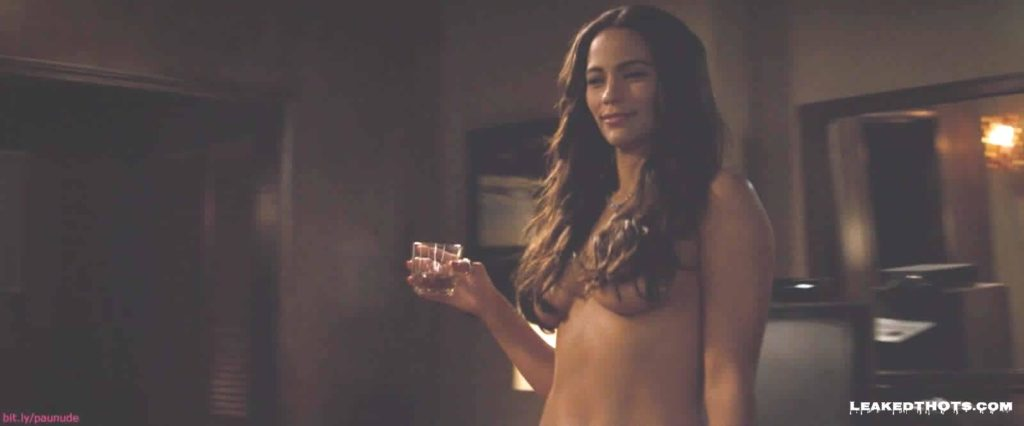 Paula Patton naked boobs