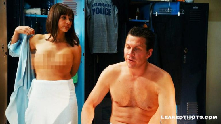 Rashida Jones leaked naked