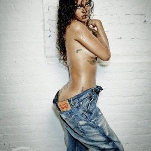 Rihanna | LeakedThots 13