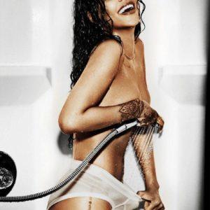 Rihanna watering her vagina