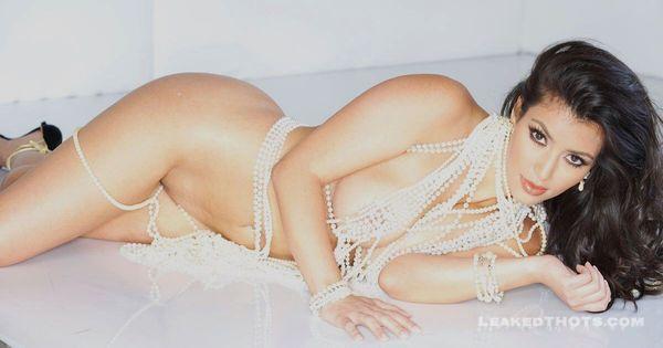 Kim Kardashian   LeakedThots 11