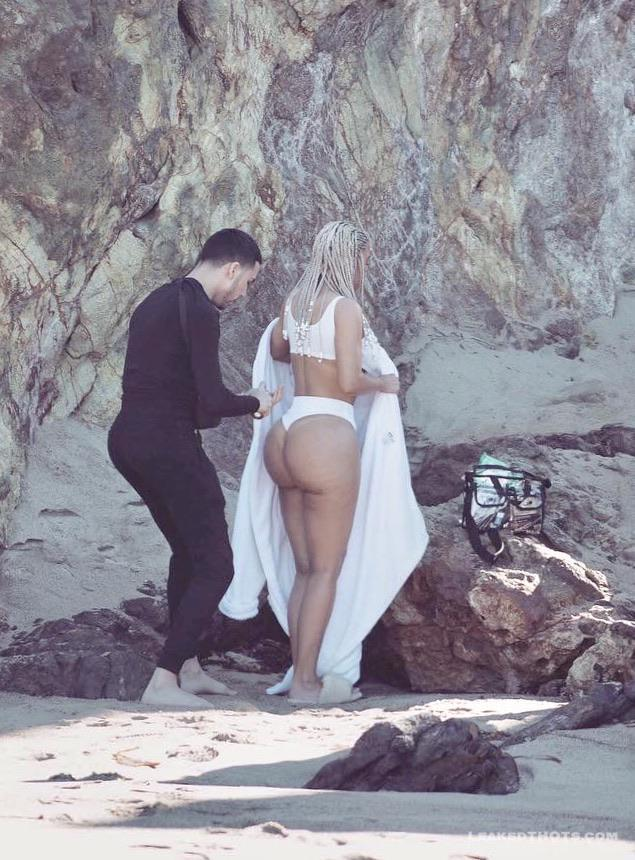 Kim Kardashian   LeakedThots 27