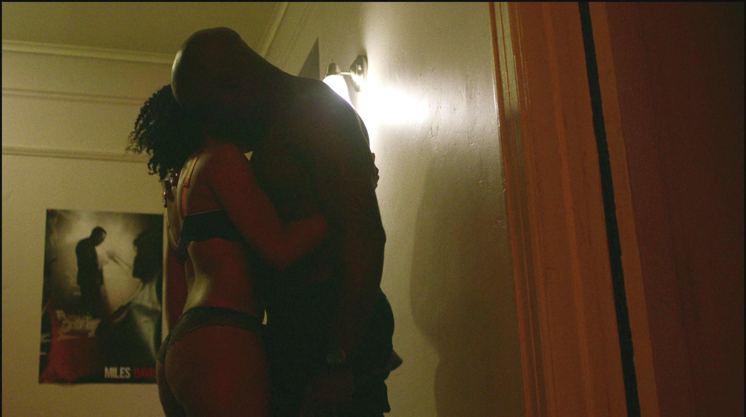 Simone Missick hot sex scene Luke Cage (1)